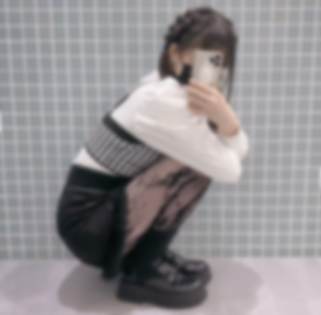 """<span class=""""title"""">はじめまして!名古屋の大学生です♡</span>"""
