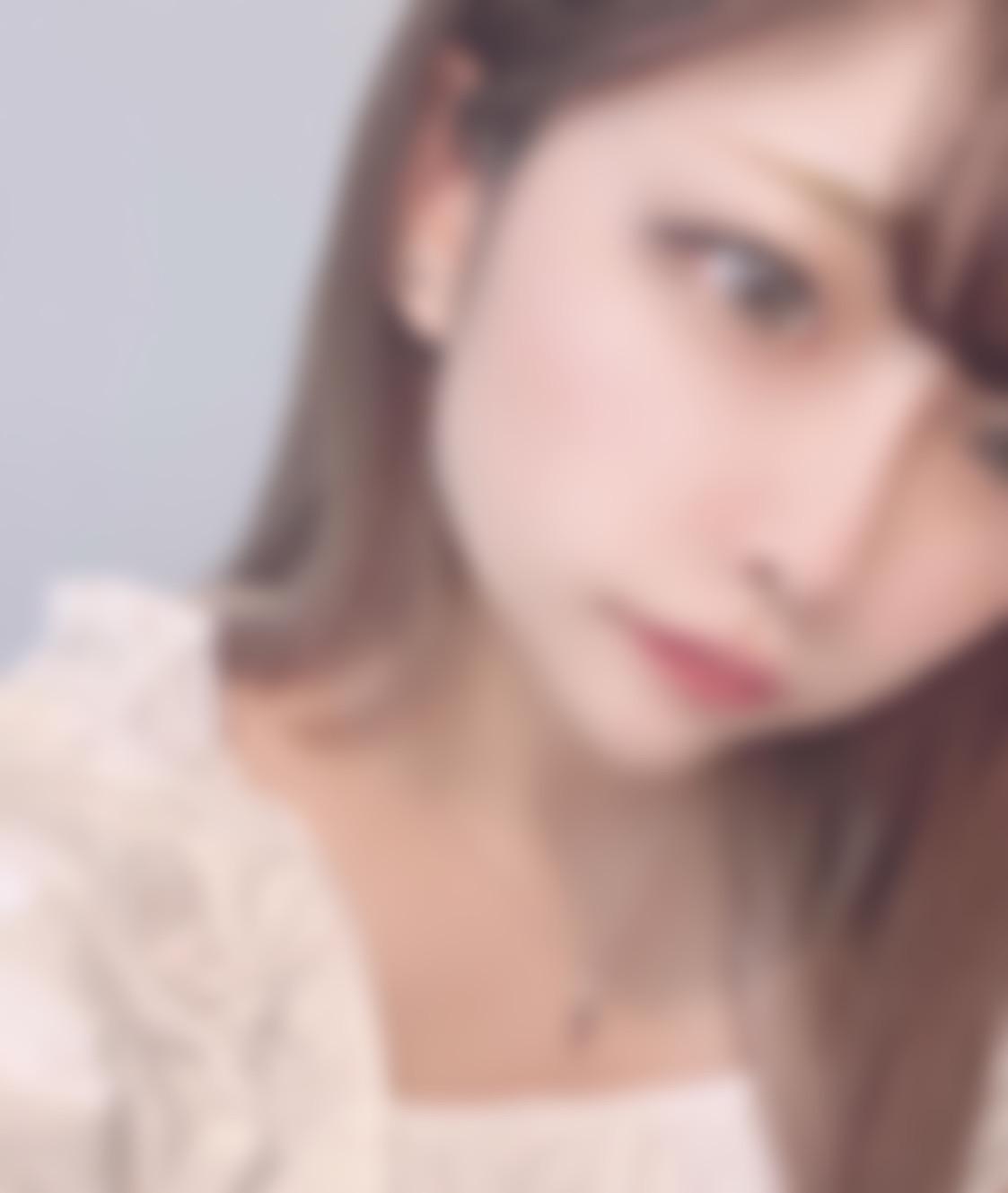 """<span class=""""title"""">愛媛在住、23歳の美容師です♡</span>"""
