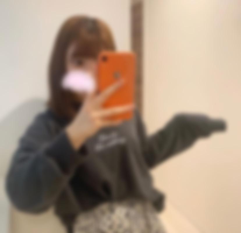 "<span class=""title"">20歳です。兵庫の大学に通っています☺️</span>"